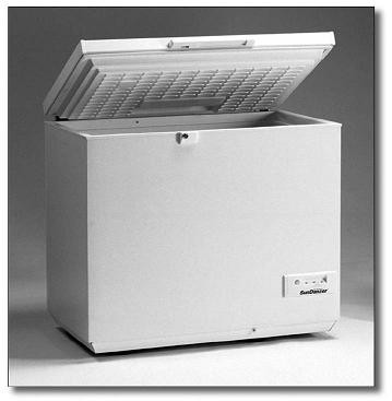 SunDanzer DCF-165 12/24VDC Chest Freezer- 5.8 Cubic Feet (165 Liters)